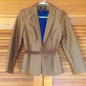 H&M, Brown blazer with a belt. size 4. Brand new
